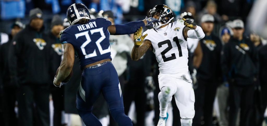 The Stiff Arm Should Be Outlawed Because of Derrick Henry